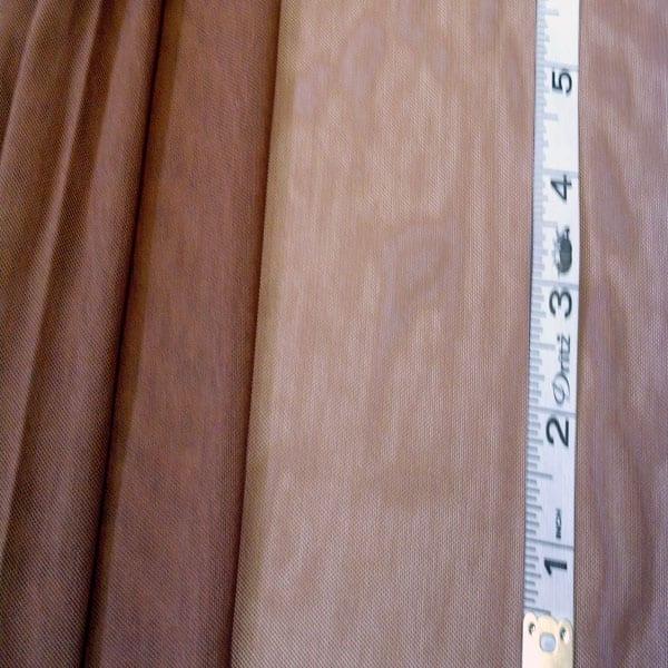 3Q-113-Cinnamon-Mesh-44-inches